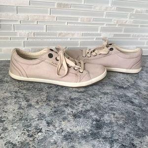 Taos Star Casual Canvas Sneaker
